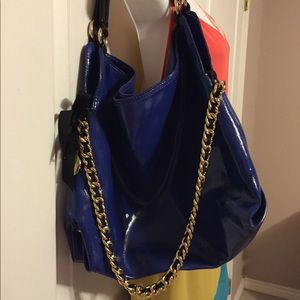 Gianni Bini patent leather handbag